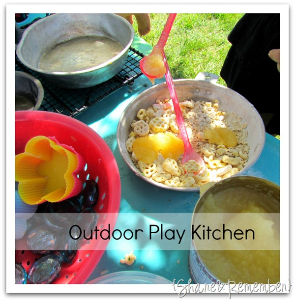Funny Messy Kitchen: Outdoor Play Kitchen