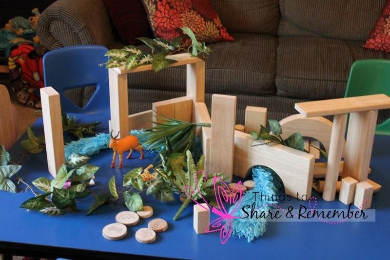 block play rainforest theme