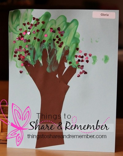 I am special tree preschool art #MGTblogger