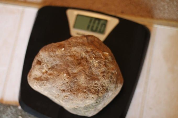 Discover the Desert Rocks - weighing rocks #MGTblogger