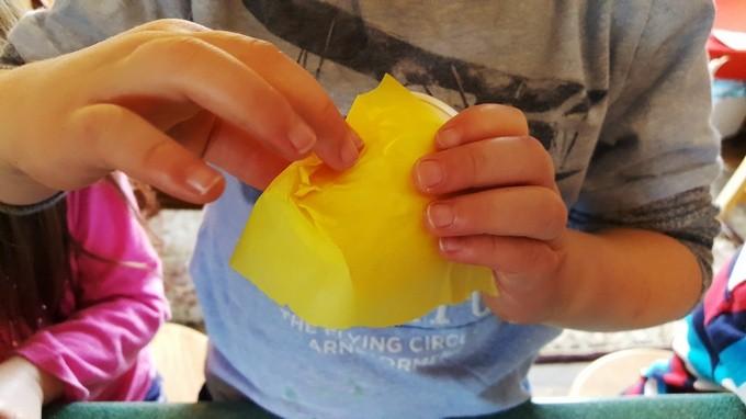 in the beehive preschool crafts