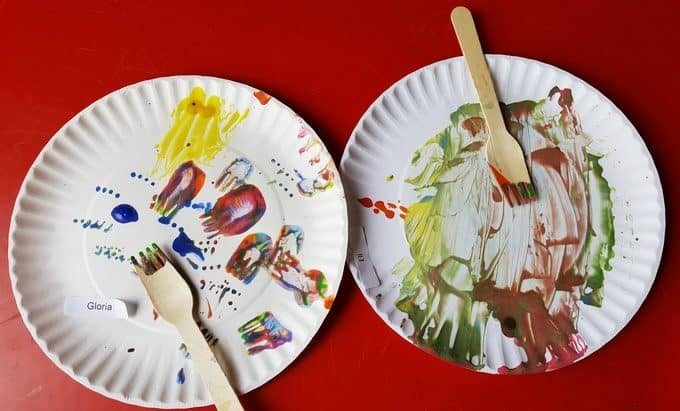 finished painted paper plates