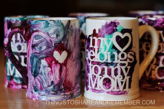 My heart belongs to mom mugs