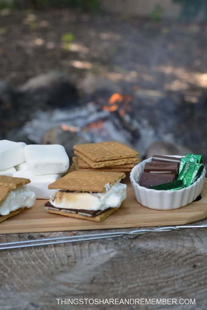 Mint S'mores over a fire
