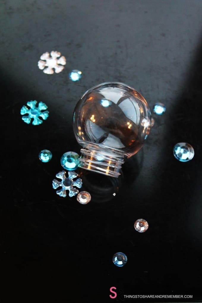filler for Let it Snow Ornaments