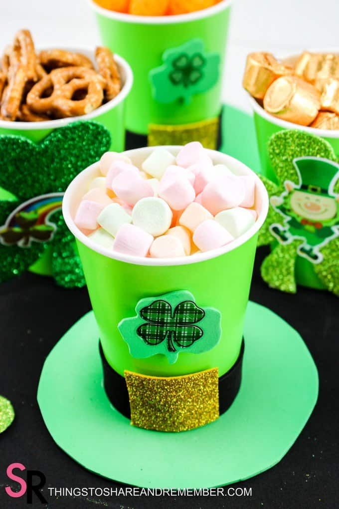 St. Patty's Day Snack Cups