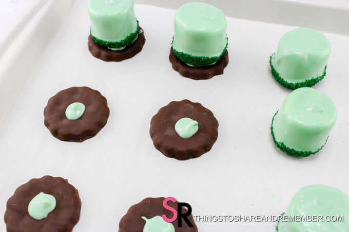 St. Patrick's Day Leprechaun Hat Treats cookie base