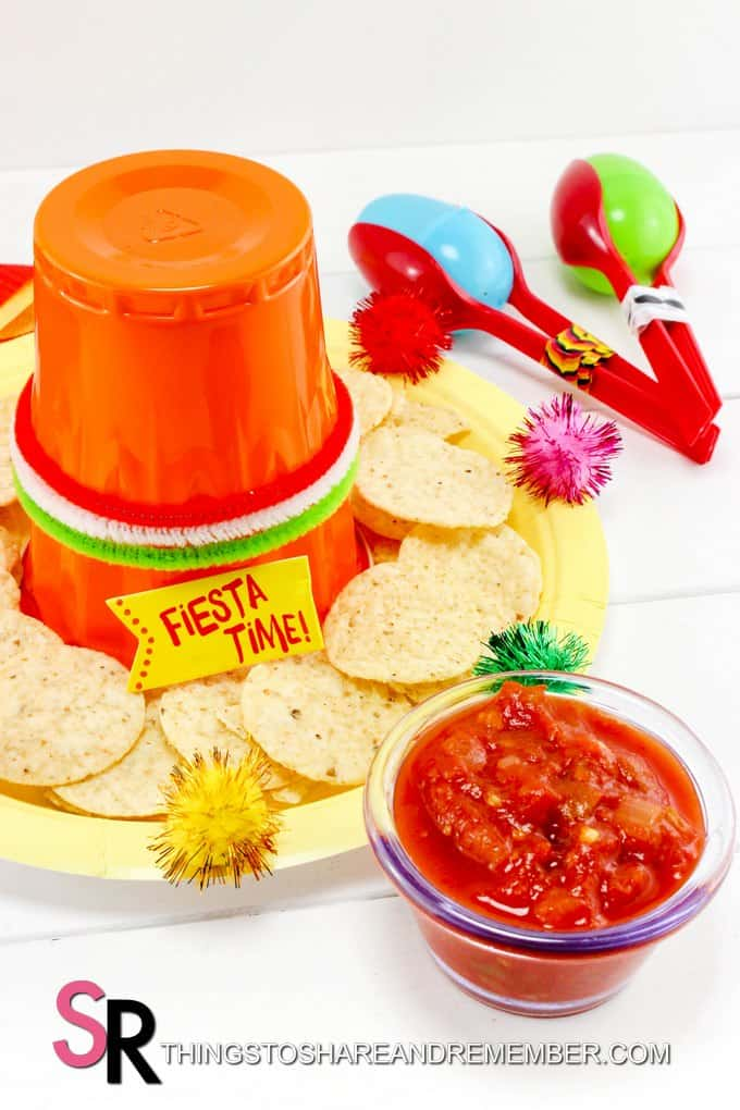 Fiesta Sombrero and Maracas craft for serving chips and salsa