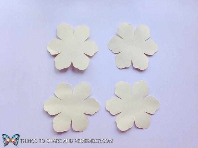 paper roses step 2