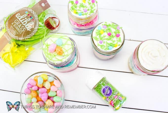 decorating Layered Easter Cake Jars