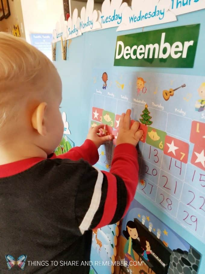 December days calendar from Mother Goose Time #SightsandSounds #MGTblogger #MotherGooseTime