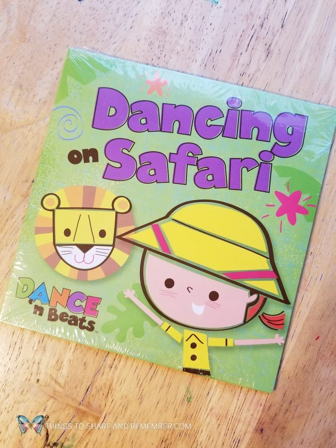 Dancing on Safari music CD Going on Safari theme Mother Goose Time preschool curriculum #GoingOnSafari #MGT blogger #MotherGooseTime