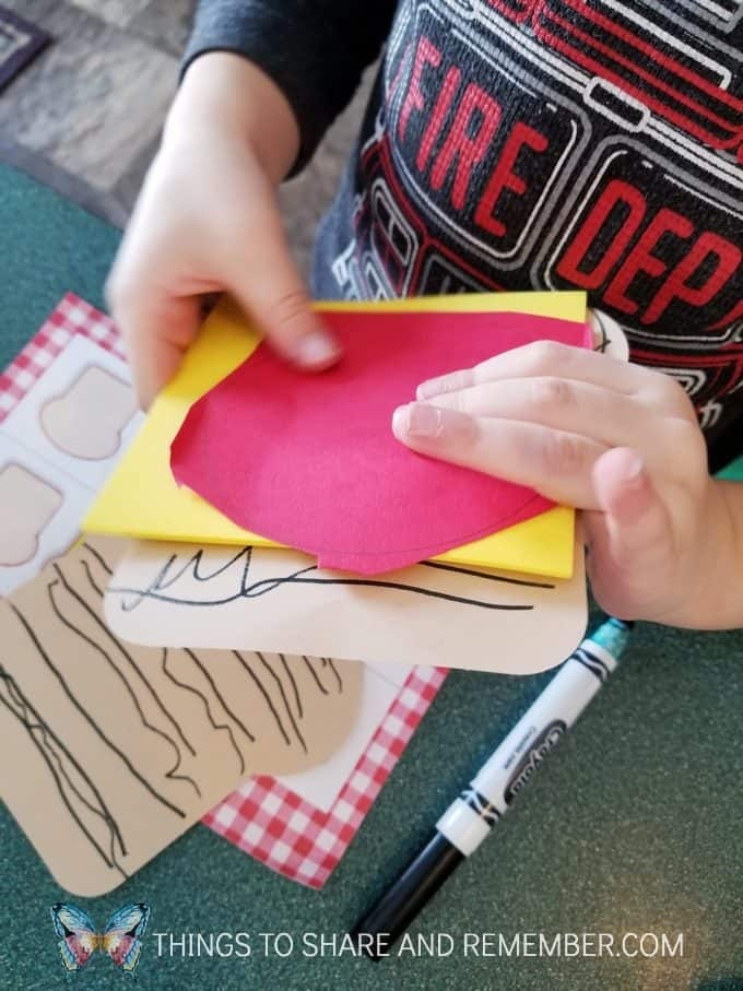 Sandwich Art Make & Play - Mother Goose Time Health and Fitness theme for February 2019 - Preschool curriculum Food Groups - Grains activities #MGTblogger #MGTHealthandFitness #ece #preschool #nutritiontheme