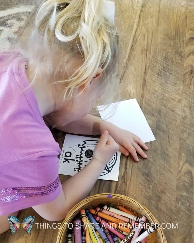 coloring letter y booklets