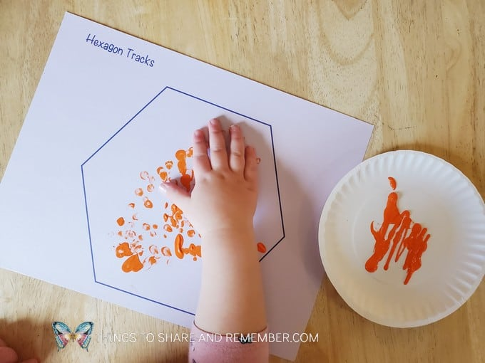 hexagon tracks finger painting Birds & Eggs theme
