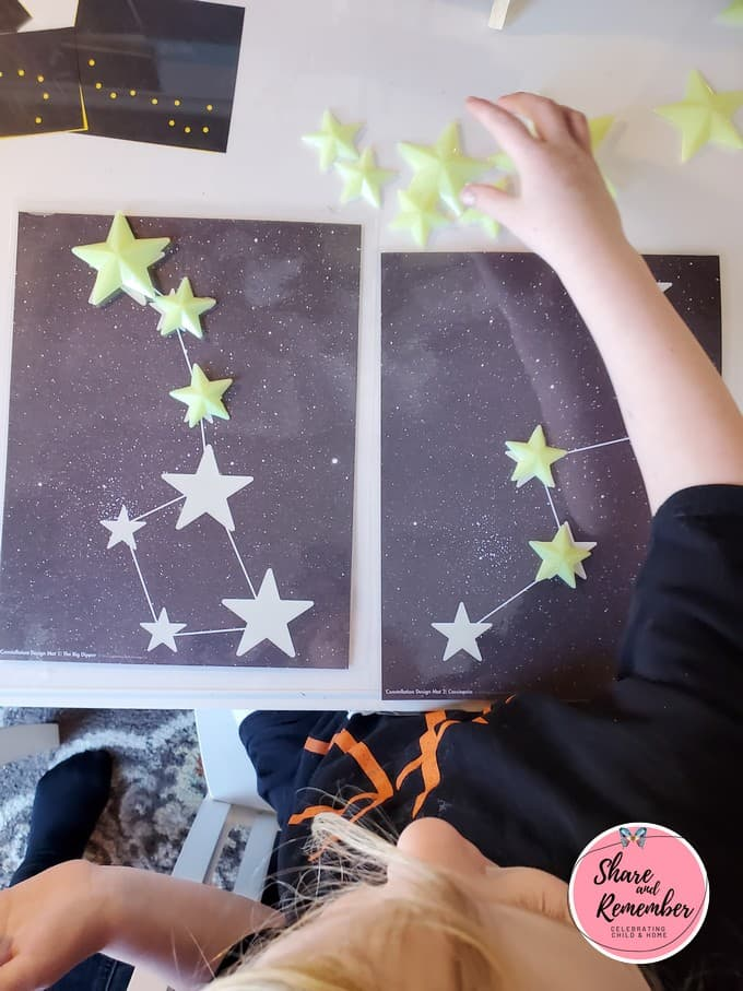 Star Design Math Mats and star shapes from Experience Early Learning.