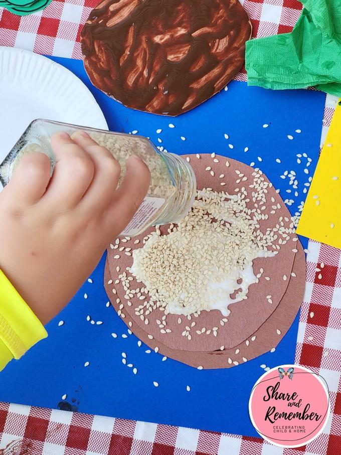 sesame seed sprinkles for Hamburger Art